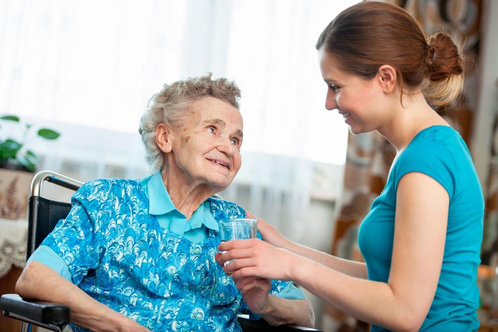 уход за пенсионеркой